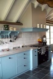 super! licht blauwe keuken