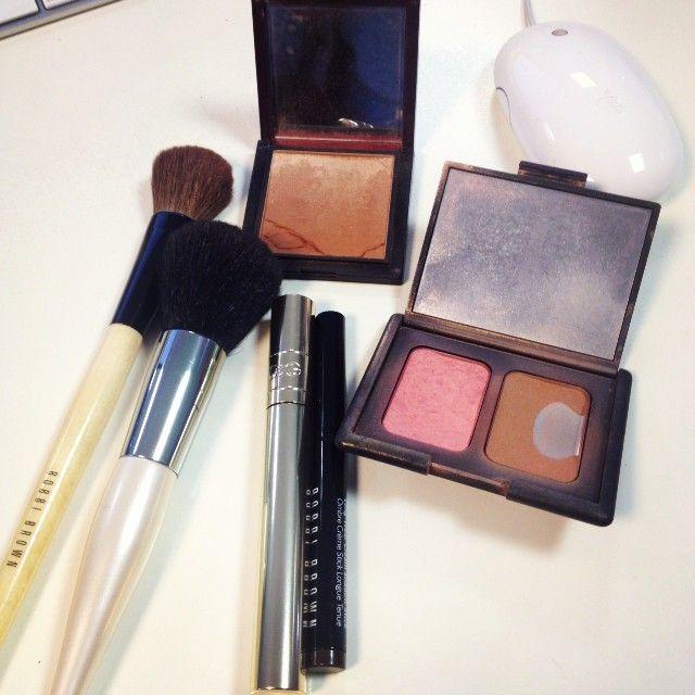 M s de 1000 ideas sobre mesas de maquillaje en pinterest - Bizcocho microondas isasaweis ...