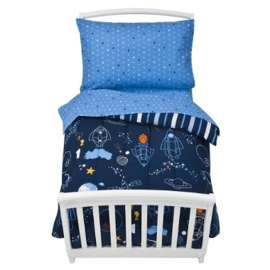 love the star/outer space bedding
