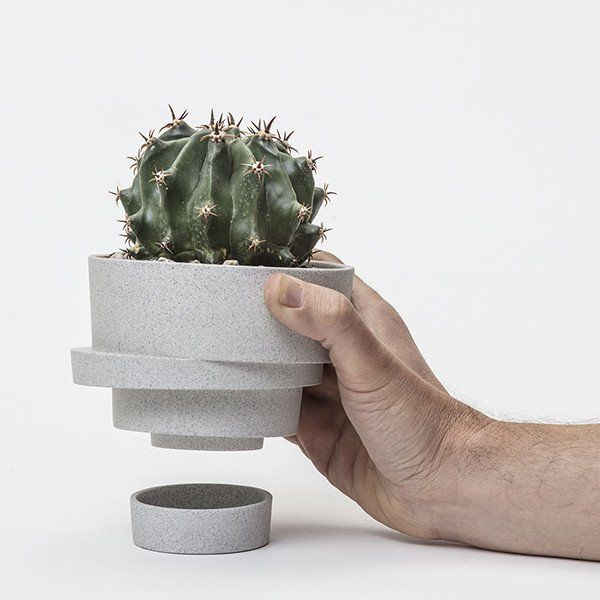 The small stacked flowerpot (unglazed)