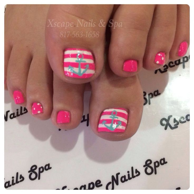 Pink and white stripes with anchor toes Id like to do this in blue and white with a yellow anchor for LSSU.
