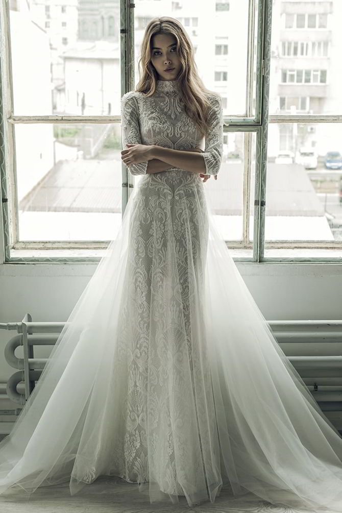 Elsa Atelier lace and tool dress to die for!