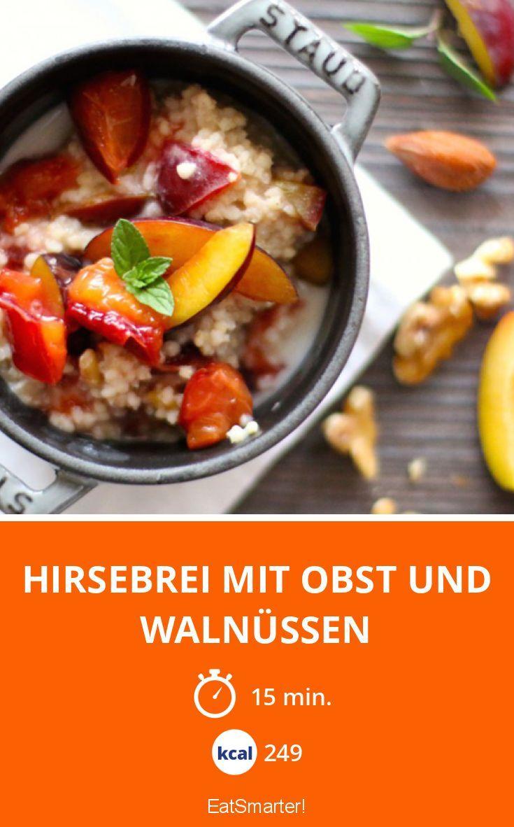 Hirsebrei mit Obst und Walnüssen | Kalorien: 249 Kcal - Zeit: 15 Min. | http://eatsmarter.de/rezepte/hirsebrei-mit-obst-und-walnuessen