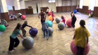 Žáci v pohybu - YouTube