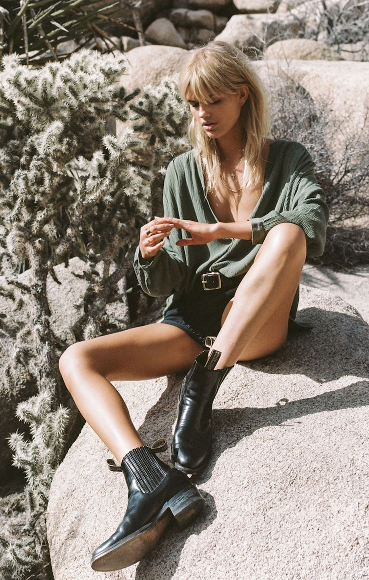 fashion  everyday  shorts  belt  black boots hardcore  olive green top  long sleeve  everyday  causal  blond hair