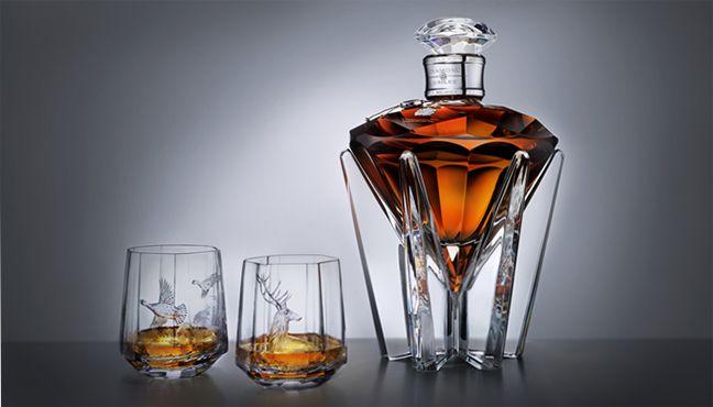 une carafe whisky du mod le que vous voulez ne tenez pas compte de ce lien qui est bien trop. Black Bedroom Furniture Sets. Home Design Ideas