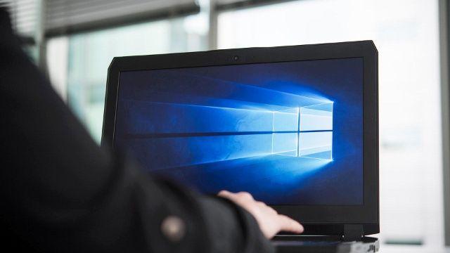 Jetzt Noch Kostenlos Auf Windows 10 Umsteigen Internetsicherheit Usb Stick Und Virenschutz