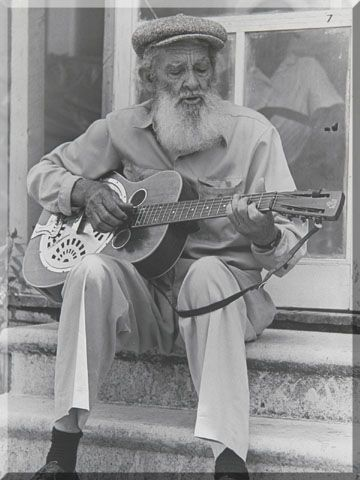 nov13  Sam Chatmon (January 10, 1897 - February 2, 1983) was a Delta blues guitarist and singer. He was a member of the Mississippi Sheiks and may have been Charlie Patton's half brother.