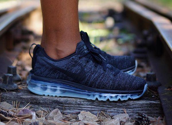 Nike Flyknit Air Max Oreo 2015