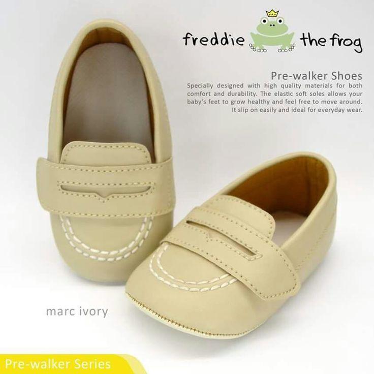 #Sepatu anak freddie the frog (Marc Ivory) ~ 90ribu. Ukuran Sol : No. 3 = 11 cm (untuk umur sekitar 0-6 bulan-) No. 4 = 11.5 cm (Sekitar 6-9bulan-) No. 5 = 12 cm (Sekitar 9bln-1 tahun-)