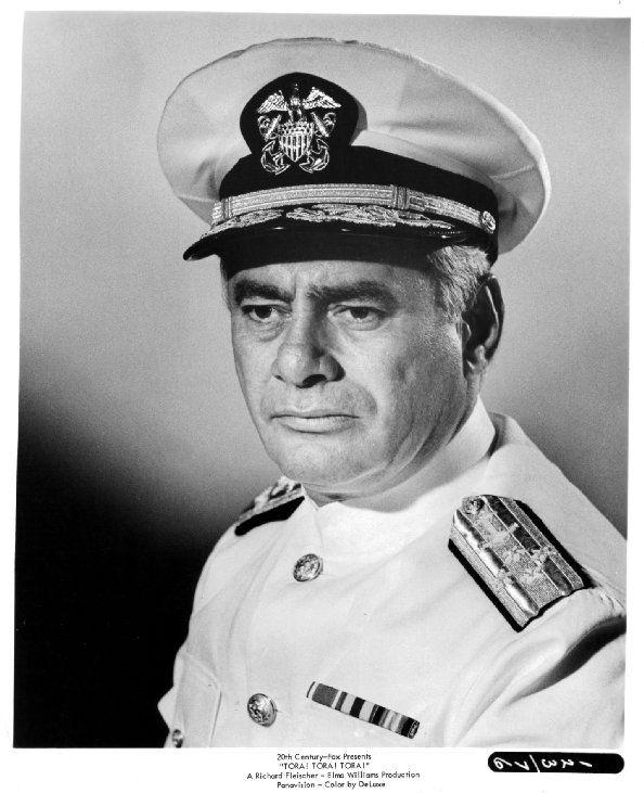 Amiral Husband E. Kimmel (Martin Balsam) Tora! Tora! Tora!