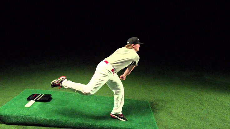 Pitchers Power Drive Drew Storen pitching mechanics in slow motion 1000 FPS 1000 frams a sec with the Phantom flex camera http://www.pitcherspowerdrive.com/