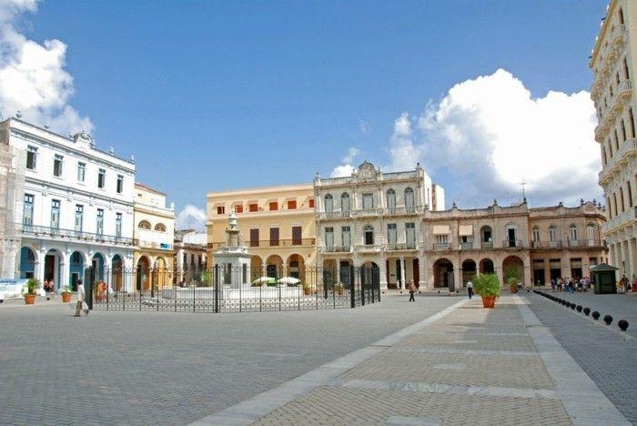kuba reisen individuell strassen in kuba plaza veija