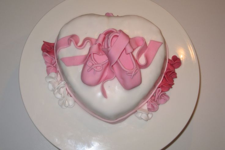 Torta scarpe da danza Ballerina -  Le torte di Camilla Jesholt Buffatti