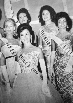 On the evening of July 14, 1962 , the island of Haiti began to make a name in the world press when the Haitian candidate Evelyn Miot caused a sensation by becoming the first black girl to reach the semifinals of the Miss Universe - the world's most prestigious beauty contest. Haiti qualified for the second round.