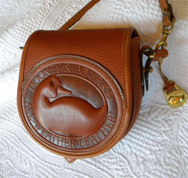 Vintage Dooney and Bourke Big Duck Shoulder Bag - All Weather Leather - Tan.   #DooneyBourke #SmallShoulderBag