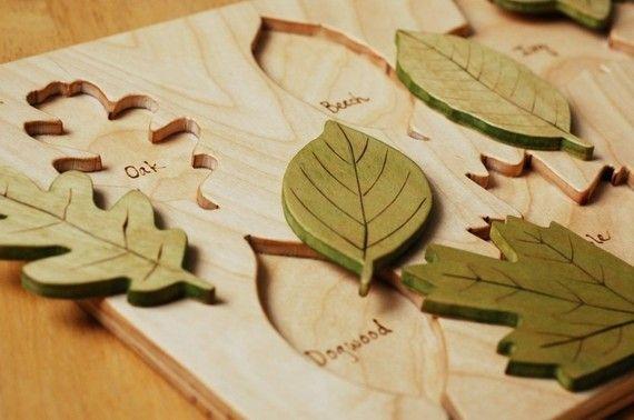 Hölzernes Blatt Puzzle Ecofriendly Spielzeug von justhatched