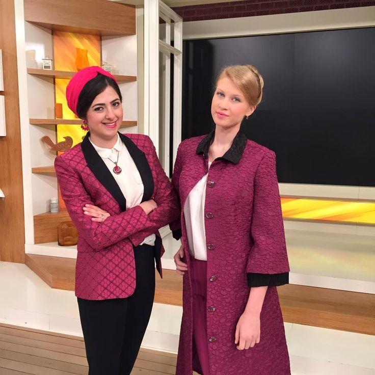Esin Ertan ile Moda TRT1 iyi fikir - Bugünkü Programımızdan Kesitler.. Haftanin Konusu : '' Bayanlarin Vazgecilmezi PEMBE Kiyafetlerimizi Nasil Kombinleriz ? ''