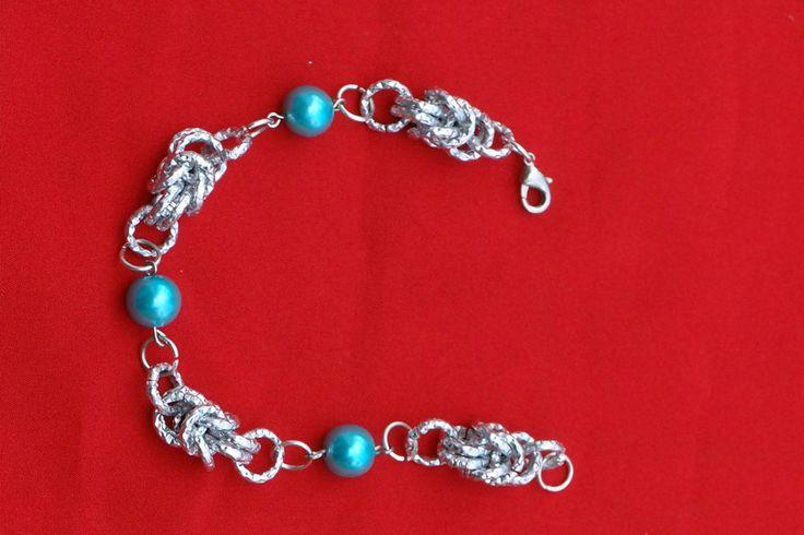 bracciale originale in chainmail Bizantina con perle, by Fantasie in arte, 13,00 € su misshobby.com