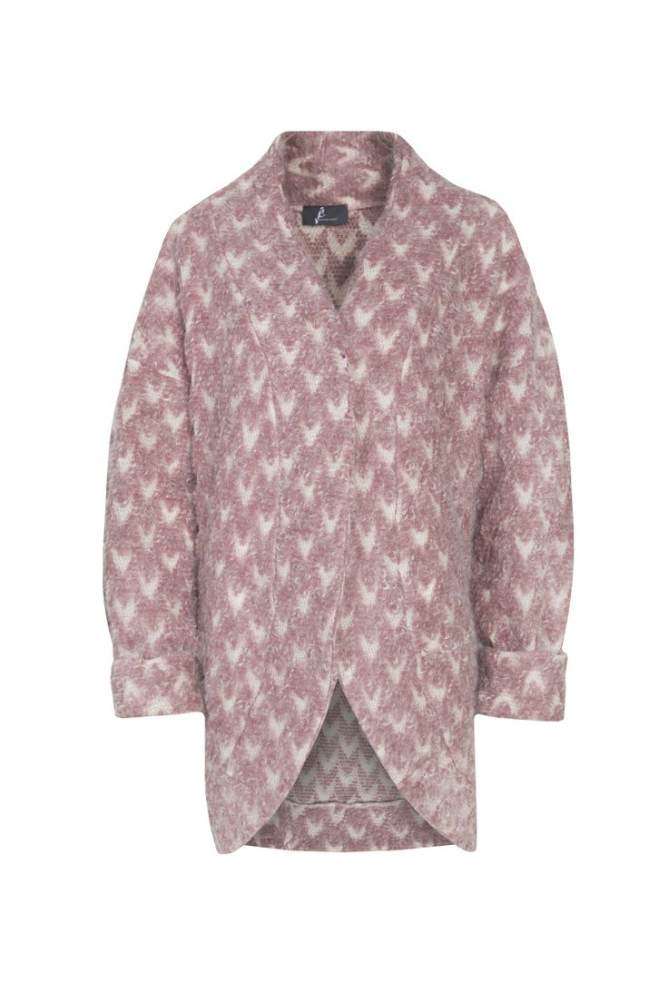 Jarosław Ewert, jarosław e w e r t classic, aw2015, coat (pastel pink). To download high or low resolution product images view Mondrianista.com (editorial use only).