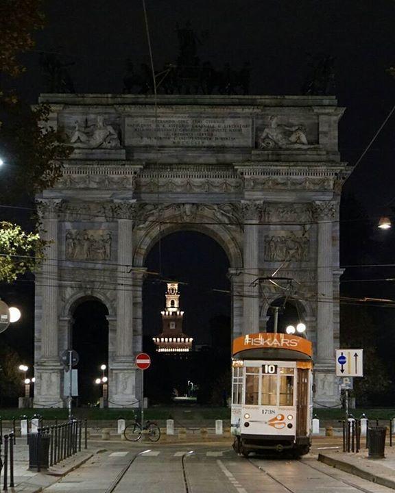 Notturno o mattiniero? Foto di Gualberto Zonda #milanodavedere Milano da Vedere