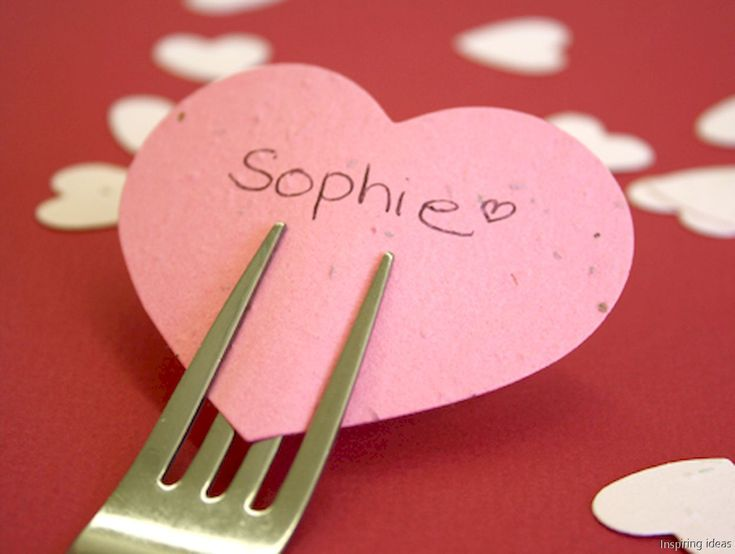 The 25+ best DIY Valentine\'s day table decorations ideas on ...
