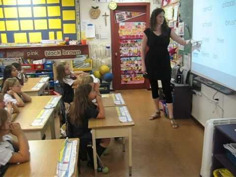 ▶ Demonstates several classroom managment techniques. Whole Brain Teaching: First Grade, Singular Nouns - YouTube