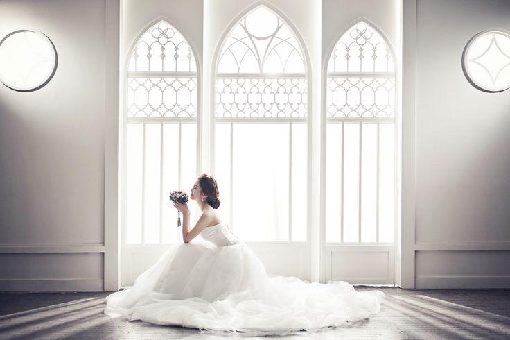Korea Pre-Wedding Photography in Studio & Dosan Park, Seoul by May Studio on OneThreeOneFour 14