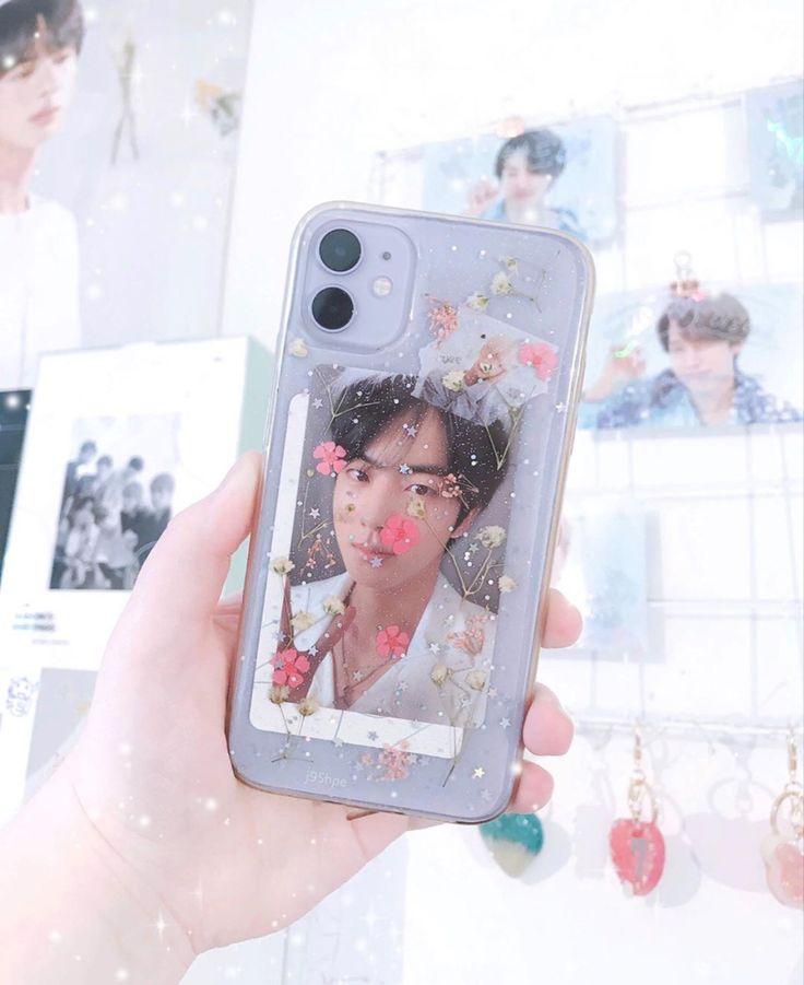 𝘵𝘢𝘦𝘣𝘰𝘬𝘬𝘪𝘪𝘪 𖤐! in 2020 Diy phone case, Cute phone cases
