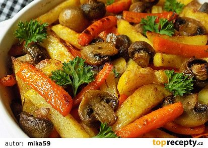 Barevné hranolky, pečené se žampiony recept - TopRecepty.cz