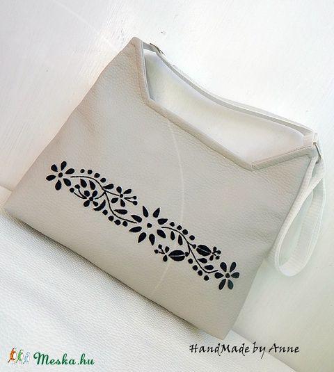 Meska - Kalocsa virágai textilbőr oldaltáska, válltáska  annetextil kézművestől