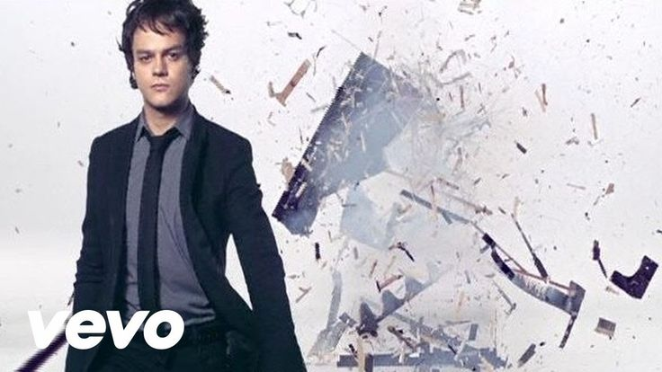 Jamie Cullum - Don't Stop the Music||Still one of my favourite songs :).