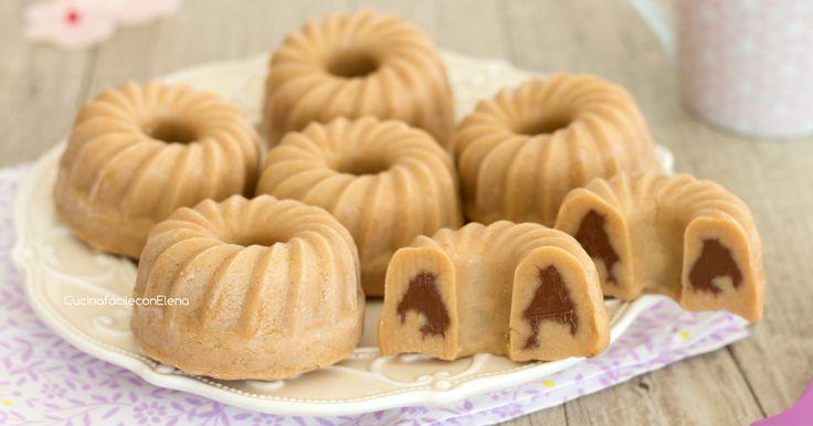 Le ciambelline alla Nutella senza cottura e senza burro sono dei dolcetti che si preparano in pochissimi minuti, velocissimi e golosi!