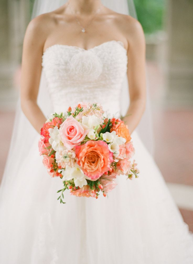 #Bouquet | On SMP: http://www.stylemepretty.com/2013/11/15/lake-forest-illinois-wedding-from-laura-ivanova-photography