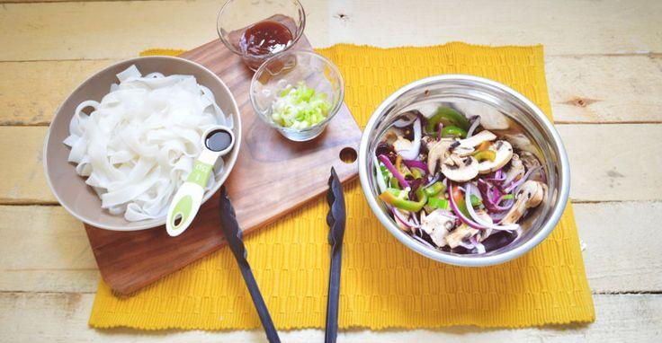 Pasta de arroz con vegetales