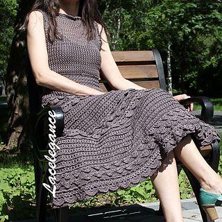 Yarn – 800g silk Botto Poala DRAGON 3000m/100g 8 threads joined together = 375m/100g.