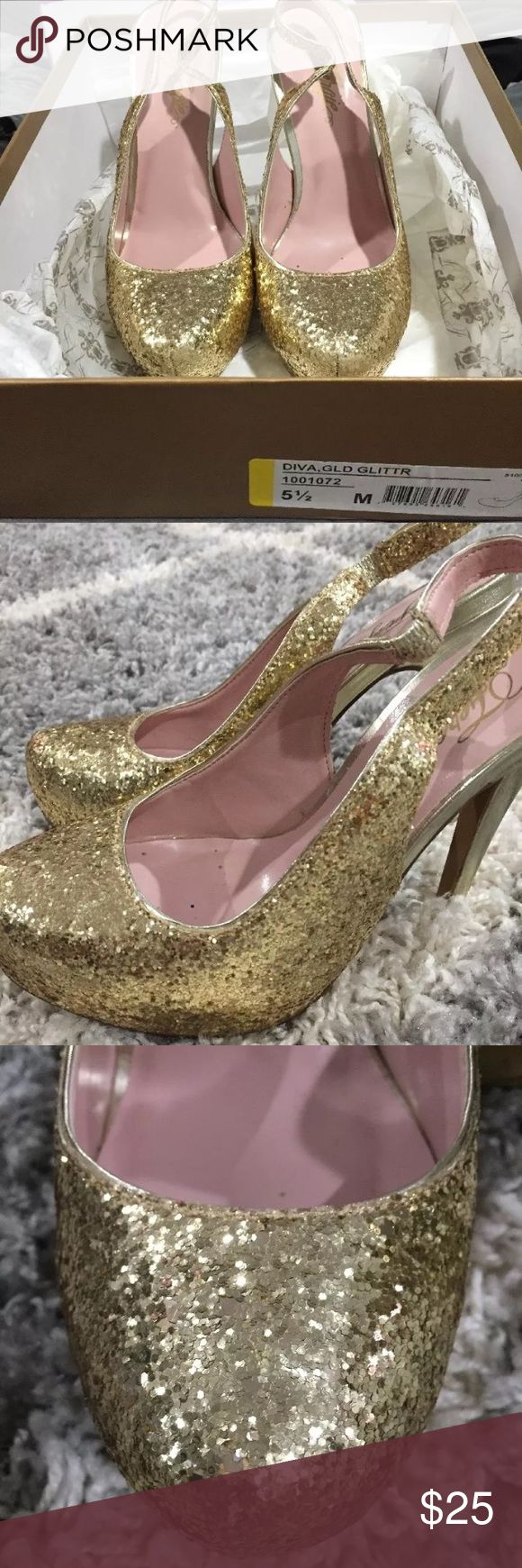 Fergie Diva Glitter Pumps Brand New other then trying on around the house ! Fergie Shoes Heels