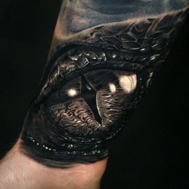 SMAUG EYE #Smaug Done with @kwadron and @fkirons #murcia SMAUG The Dragon eye from #TheHobbit