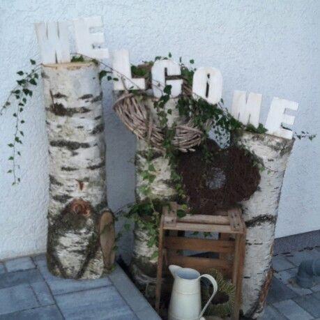 #deko #eingang #haustüre #hauseingang #welcome #willkommen #birkenstamm #holzdeko #kreativ