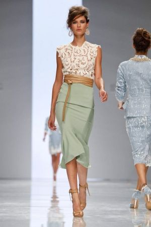 love: Colors Combos, Mint Green, Lace Tops, Mint Skirts, Outfit, Milan Fashion Week, Colors Combinations, Pencil Skirts, Ermanno Scervino