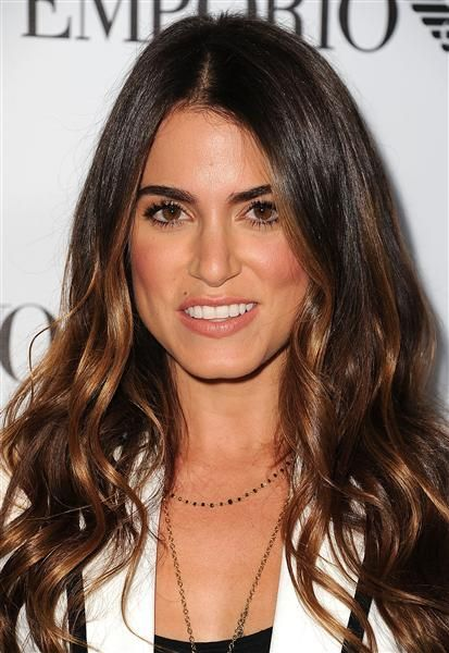 Nikki Reed's color / highlights
