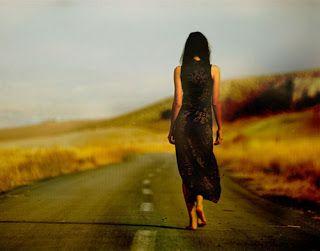 Sotiroula Tsiapou : Προχωρώ #i_move_on #greektext