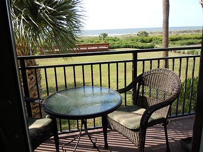 VRBO.com #904419ha - Rekindle Romance at This Oceanfront Getaway-Hilton Head, Sc