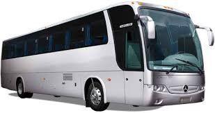 Vehiculos. Línea 32 a 40 pasajeros. Contamos con una amplia cobertura de vehículos los cuales cuentan con, Seguro de accidente para pasajeros, comunicación con la central logística de operaciones vía celular, aire acondicionado, último modelo, conductores profesionales.