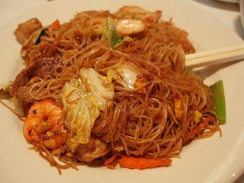 Bihun Goreng Jawa Pedas (Spicy Javanese Rice Noodle)