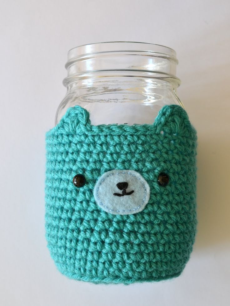 Mason Jar Bear Cosy - via Pops de Milk....so cute!  Love this.....