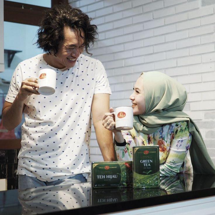 """195 Likes, 11 Comments - Dewi Fitri (@dewi_melki) on Instagram: """"Bulan ramadhan pasti nya bulan yang penuh berkah dan membawa nuansa kehangatan tersendiri , dan…"""""""