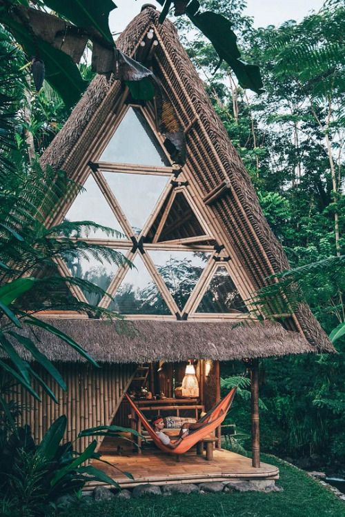 livingpursuit: Eco Bamboo Home in Bali Indonesia