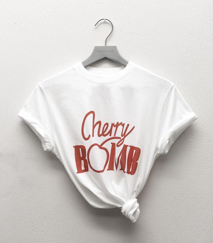 Harvard T-shirt Cherry Bomb Bright White from Ganni
