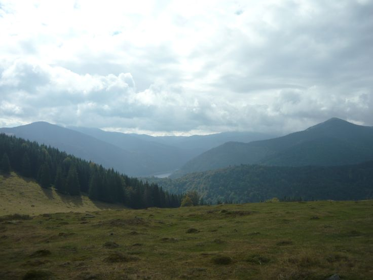 A legszebb hely (Viságmezői hágó fennsíkja, háttérben a Dragan tó